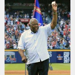 米大リーグ通算本塁打755本の記録で、33年間MLB歴代1位だったレジェンド、ハンク・アーロン氏(C)ゲッティ=共同