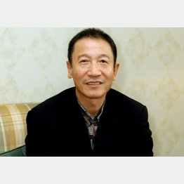 作曲家の筒美京平氏(C)共同通信社