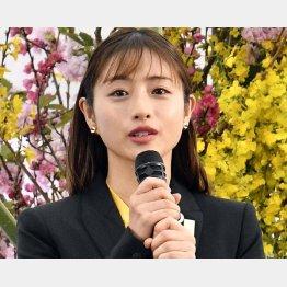 東京五輪聖火リレーの出発セレモニーに公式アンバサダーとして登壇した石原さとみ(C)JMPA