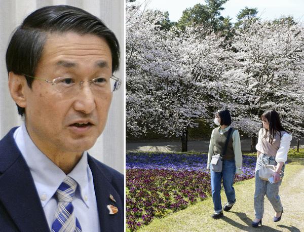 変異種並みのウイルス量が検出(鳥取の平井伸治県知事、右は、とっとり花回廊の「花の丘」)/(C)共同通信社
