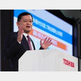 経済再建を推し進めるなか、なぜいま買収提案なのか(東芝の車谷暢昭社長兼CEO)/(C)日刊ゲンダイ