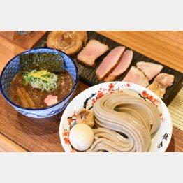麺は自家製、つけ汁のレシピは梅澤さんしか知らない企業秘密(C)日刊ゲンダイ