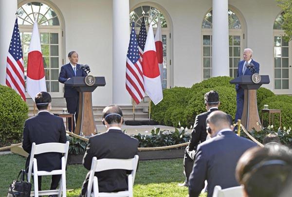 菅首相は米記者の質問を無視(C)共同通信社