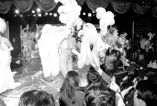 「ヌード芸術」を看板に、ジプシー・ローズらを生んだ日劇ミュージックホール(C)共同通信社