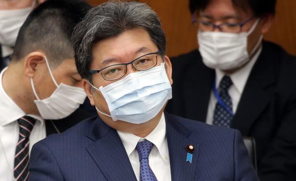 重責を担う萩生田光一文科相(C)日刊ゲンダイ