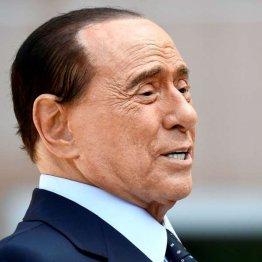 イタリア政界でもトップの座に昇り詰めたベルルスコーニ(C)ロイター