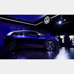 「上海モーターショー2021」で初公開された独フォルクスワーゲン社の新型EV『ID.6』(Volkswagen ID6)/(C)ロイター