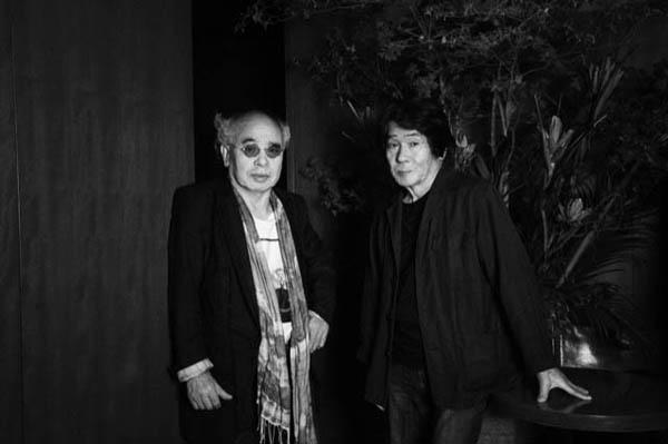 森山大道と荒木(2015年=撮影・野村佐紀子)