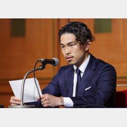 JBCのズサンさに怒りをにじませた井岡(C)日刊ゲンダイ