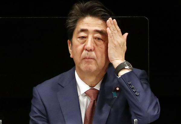 会期末まで2週間余り、このまま逃げ切れるか(安倍前首相)/(C)日刊ゲンダイ