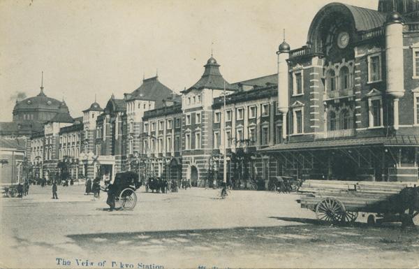大正時代の東京駅前の様子(C)共同通信社