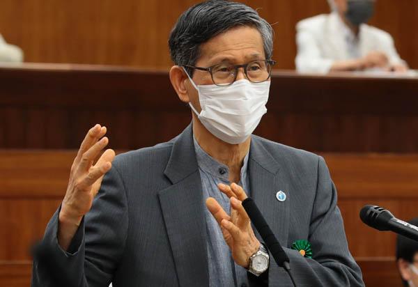 政府案をアッサリ了承(C)日刊ゲンダイ