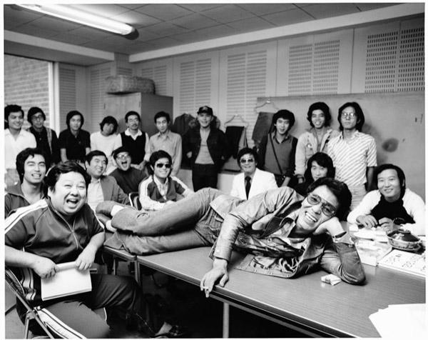 いかりや長介さんとザ・ドリフターズのメンバー(高木ブーさん、志村けんさん、仲本工事さん。加藤茶さん。1974年撮影)/(提供写真)