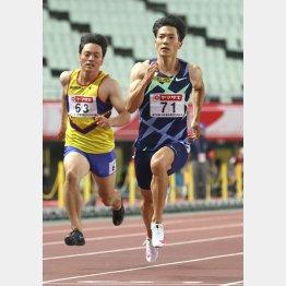 日本記録保持者の山県は1組1着で決勝へ(C)日刊ゲンダイ
