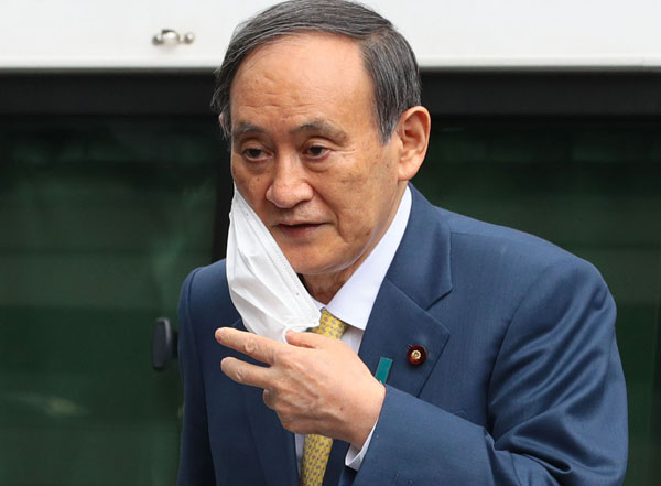 """""""選挙の顔""""にならない菅首相(C)日刊ゲンダイ"""
