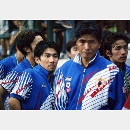 山本監督はアトランタ五輪ではコーチとしてチームの支えた。左はMF前園(C)Norio ROKUKAWA/office La Strada