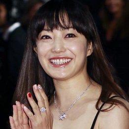 菅野美穂「イグアナの娘」がトレンドワード入り これからも愛されるワケ