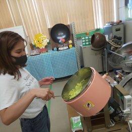 プレミアム金平糖工房ではオリジナル金平糖作りを体験(提供写真)
