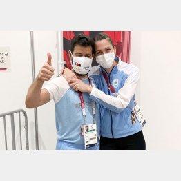 お幸せに!(フェンシング・アルゼンチン代表のペレスマウリセ選手とコーチのサウセド氏)/(C)ロイター