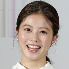 """""""キツい顔""""今田美桜は宝くじCMでコメディエンヌの才能を開花させた"""