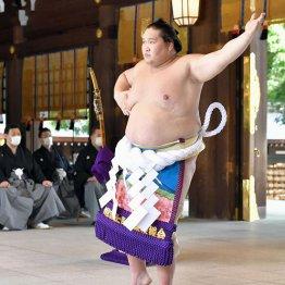 新横綱・照ノ富士が奉納土俵入り「不知火型=短命」の迷信を払拭する根拠