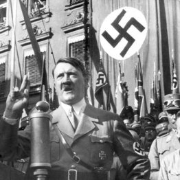 暴力を肯定するためヒトラーの演説には多くの毒が盛り込まれた
