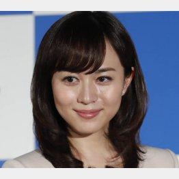 比嘉愛未(C)日刊ゲンダイ