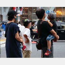 家庭内感染を防ぐのは難しいなかの朗報(写真はイメージ)/(C)日刊ゲンダイ