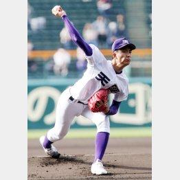 しなやかな投球フォーム(C)日刊ゲンダイ