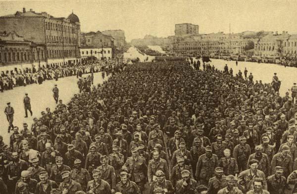 ロシア人の捕虜は、数万、数十万ではなく、数百万人にも及んだ(C)World History Archive/ニューズコム/共同通信イメージズ
