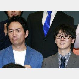 「スーパーマラドーナ」の田中一彦(右)と武智(C)日刊ゲンダイ