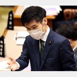 おかしくないか、日本共産党の山添拓参院議員の書類送検は1年も経ってから(C)日刊ゲンダイ