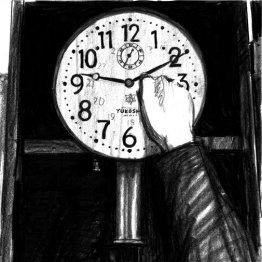 <16>古時計を我が教え子のように撫でてやる
